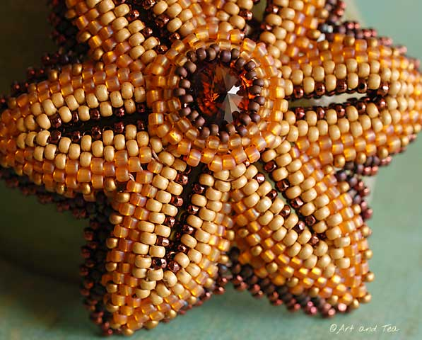 Moms Beaded Flower Pin Closeup 09-07-13