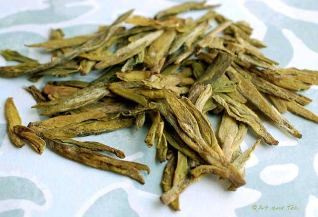 Long Jing Te Ji Dry Leaf 10-26-13