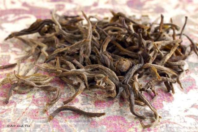 Yunnan Silver Tip Dry Leaf 11-22-14